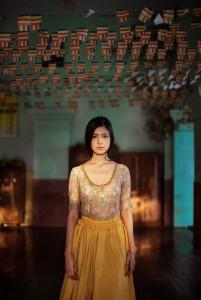 woman-beauty-atlas-mihaela-noroc-300880jpg-728x728