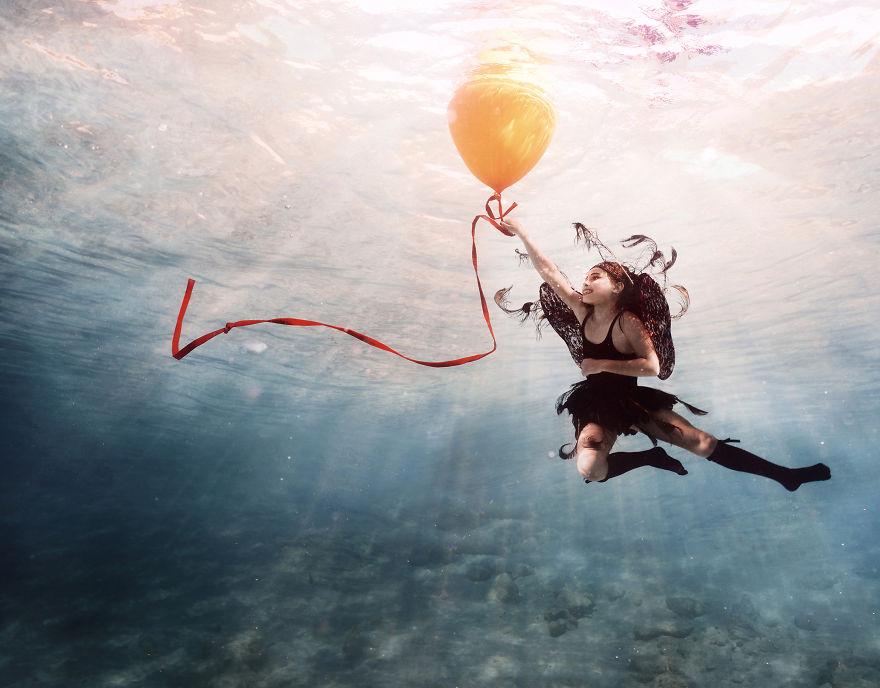 Su-Altı-Fotoğrafçısının-Görülmeye-Değer-Fantastik-Dünyası- (13)