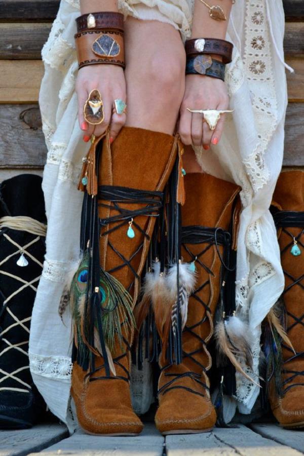 moda-2016-suet-cizme-bohem-aksesuarlar