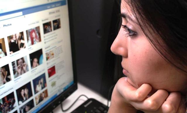 sosyal-medyadan-arkadas-takip-etmek