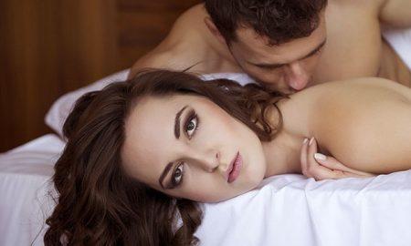 yatakta-tatmin-edemeyen-erkek-sorbiona