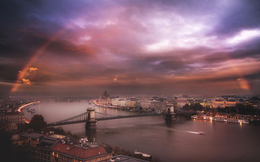 En-Güzel-Açıyı-Yakalamak-İçin-Hayatını-Riske-Atan-Fotoğrafçı-Tamas-Rizsavi-15
