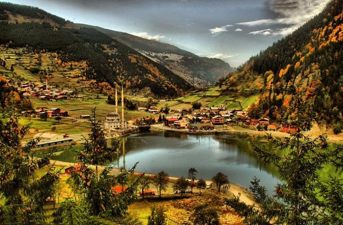 Türkiye-de-Görülmesi-Gereken-10-Güzel-Köy