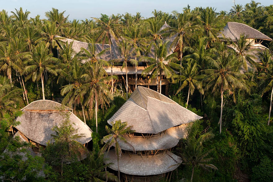 bambu-evler-elora-hardy-bali-3