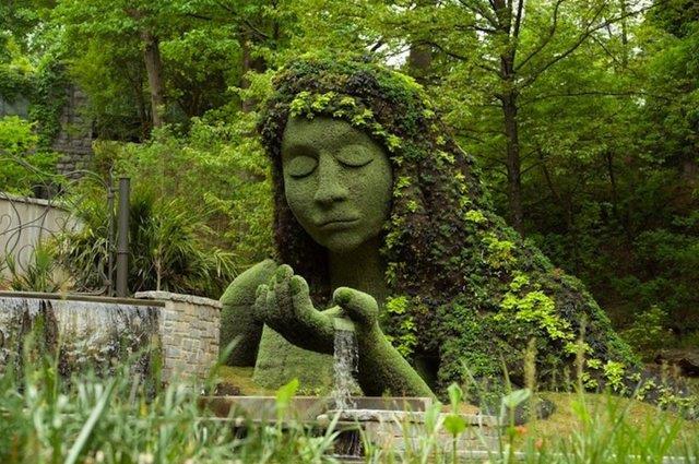 bitki-heykelleri-kadın