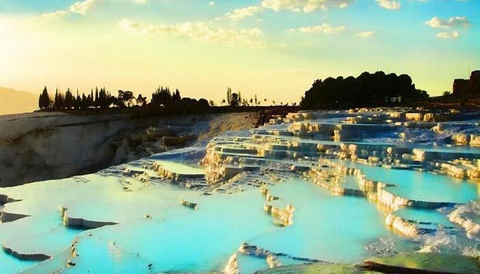 dünya-daki-en-güzel-yüzme-havuzları (14)