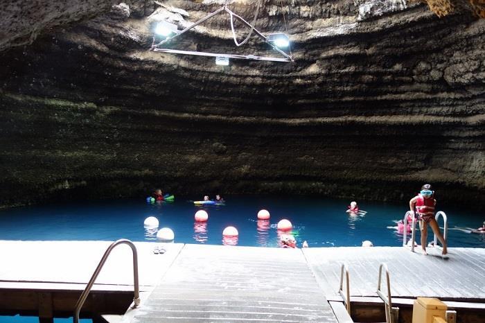 dünya-daki-en-güzel-yüzme-havuzları (8)
