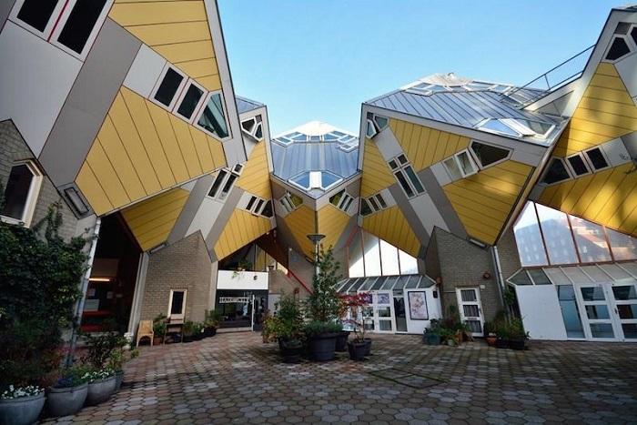 dünyanın-en-ilginc-mimari-yapıları (1)