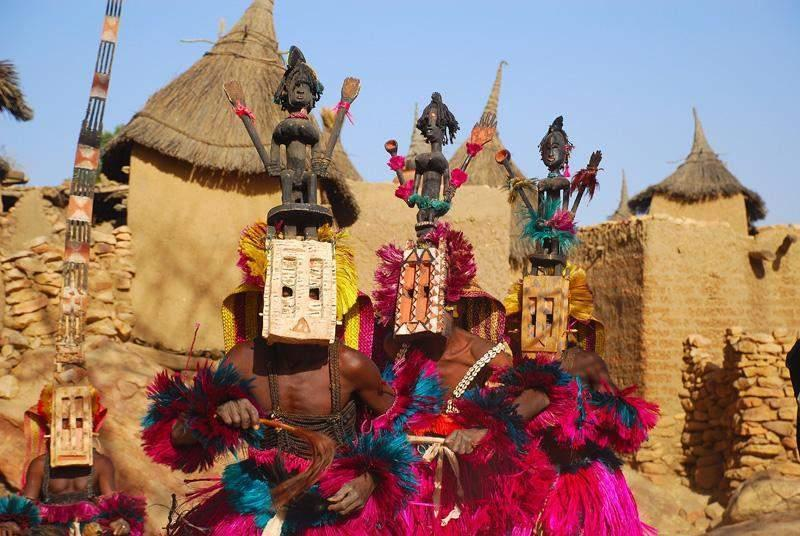 dogon-kabilesi-insanlari