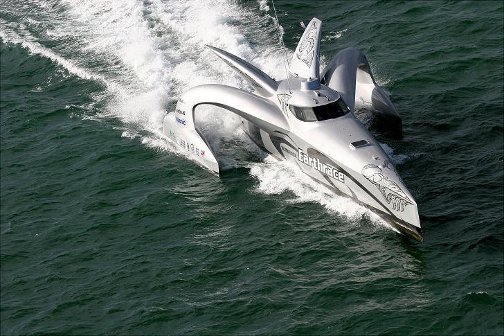 earthrace_boat