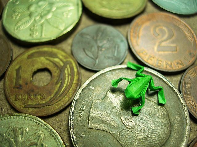 minik-ufak-minyatür-minyatur-kurbağa-origami