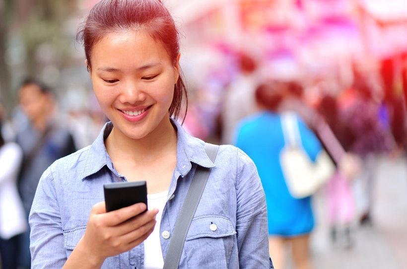 yururken-telefonda-mesajlasmak-13