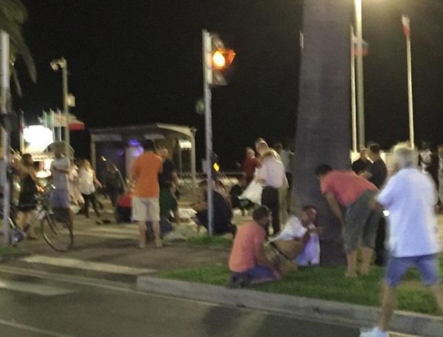 Fransa-Nice-Kamyon-Terör-Saldırısı-Haberler (11)