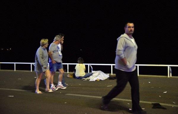 Fransa-Nice-Kamyon-Terör-Saldırısı-Haberler (23)