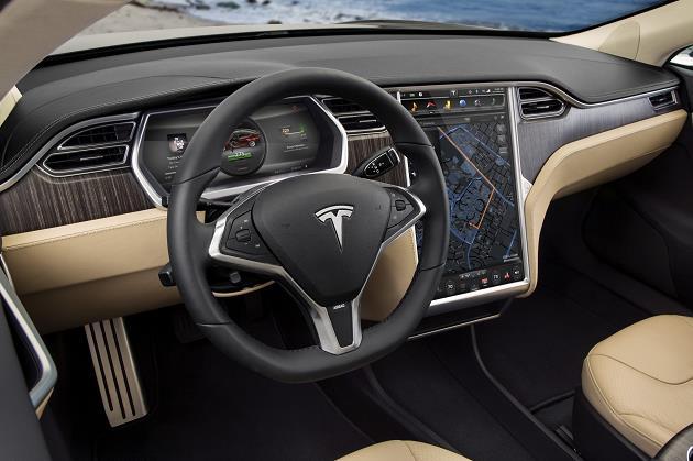 Tesla-Model-3-on-soldan-konsol-gorunum