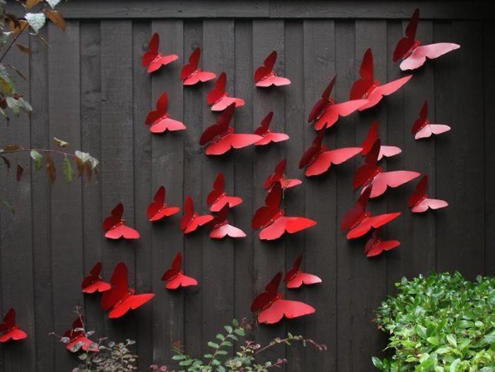 bahce-duvari-kelebek-renk-tasarim