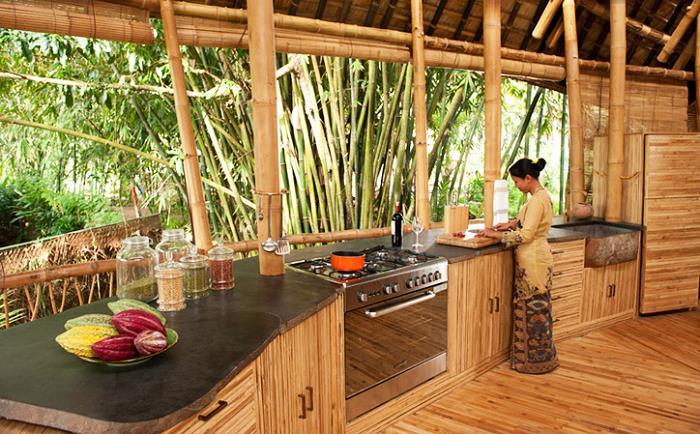 bambu-evler-elora-hardy-bali-11