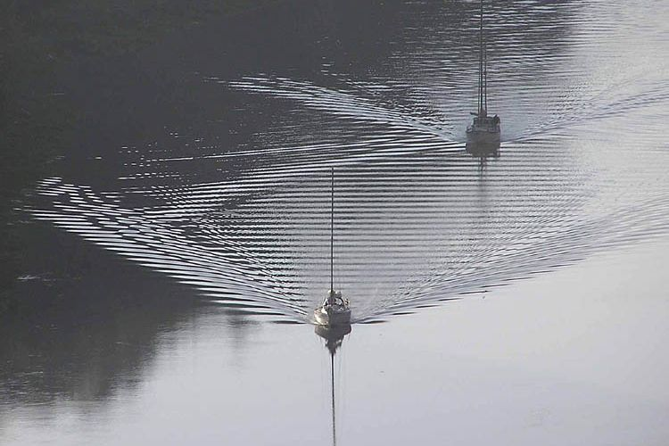 deniz-botu-dalgalanma