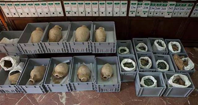 ispanyada-19-amfora-icinde-roma-donemine-ait-sikkeler-bulundu