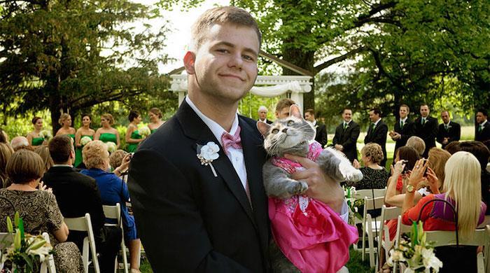 mezuniyet-kedi-ile-giden-genc-sam-ruby-5