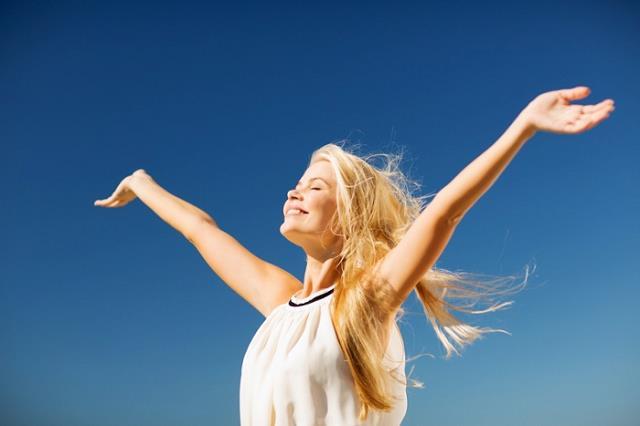 sağlıklı-mutlu-kadın