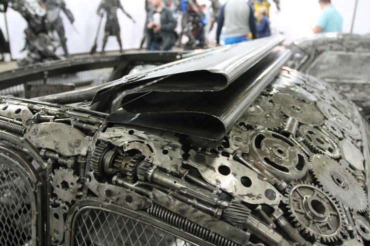 hurdaliktan-sanat-eseri-otomobiller-yaratmak-12