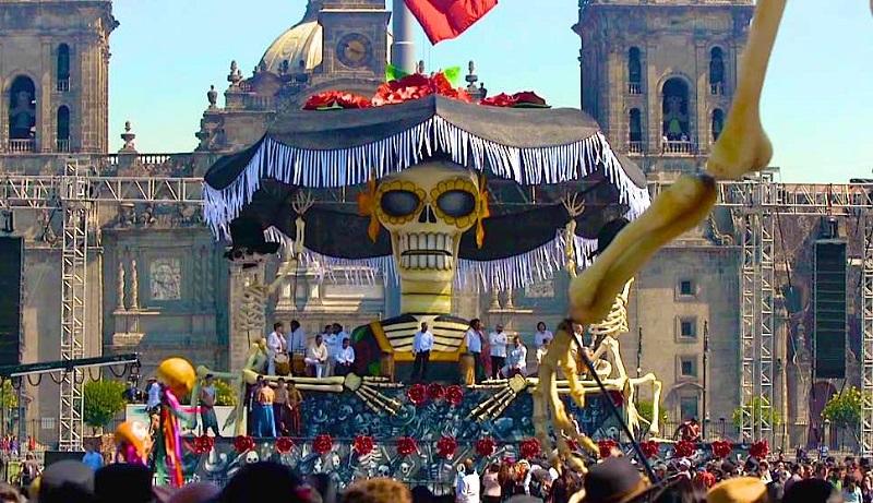 Ölüler-Günü-Festivali