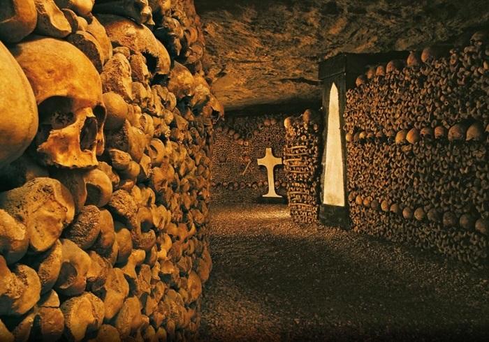 paris-yeralti-mezarliklari-2