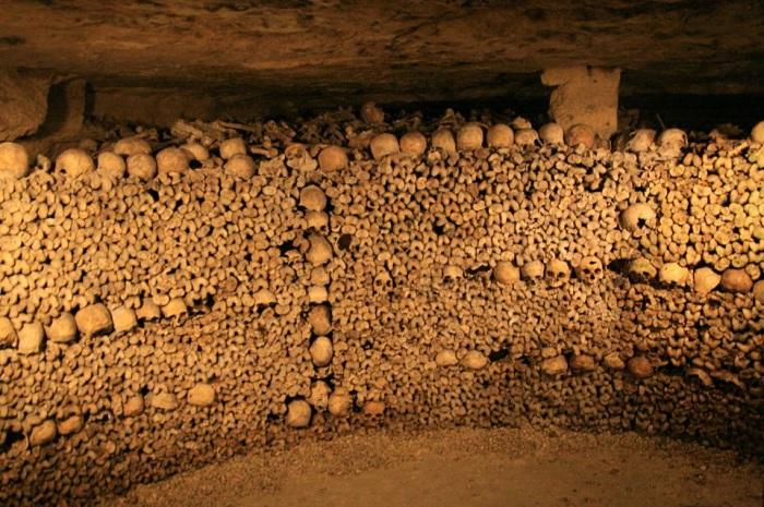 paris-yeralti-mezarliklari-6